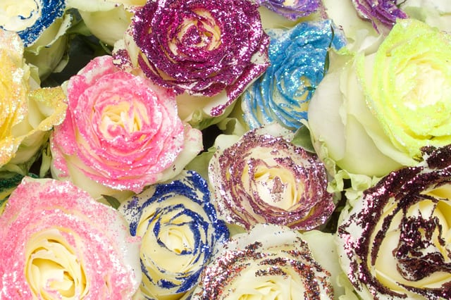 Glitters used on flowers with flower glue